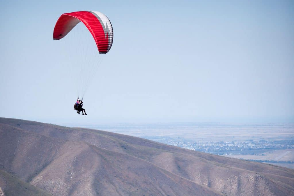 Karakol Outdoor Adventure, Paragliding