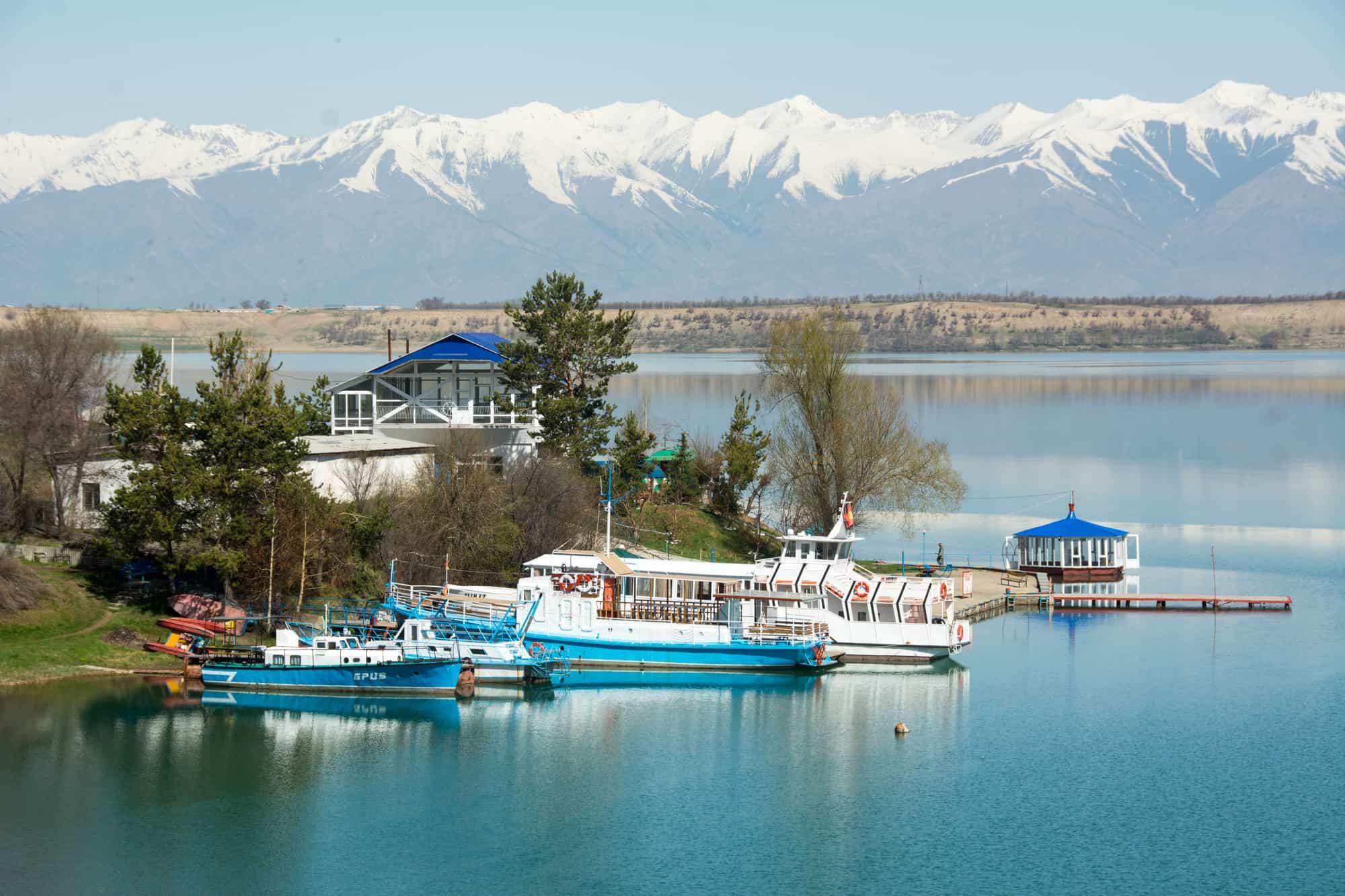 Karakol_Lake_Cruise