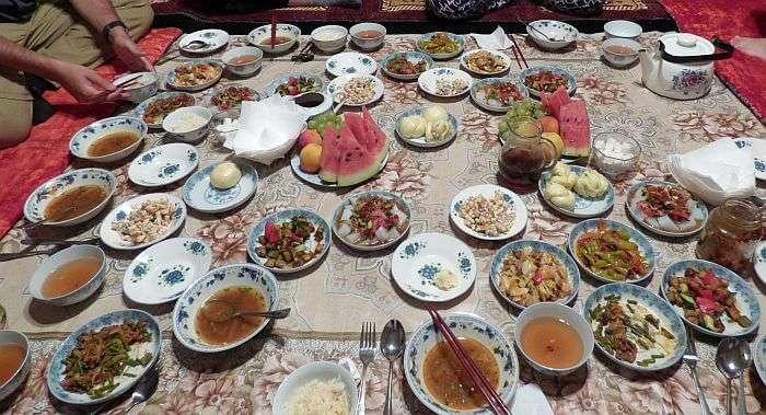 karakol-dungan-dinner